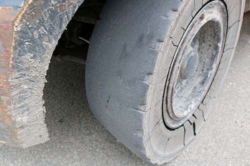 When to Replace a Forklift Tire